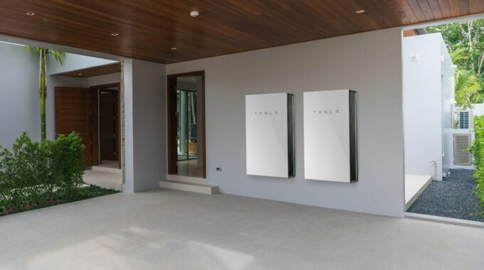Tesla Energy Plan Now Open to All with Solar –RAB